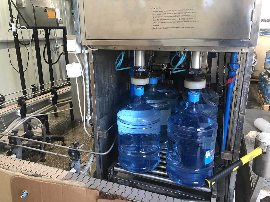 Линия розлива воды 19 литров